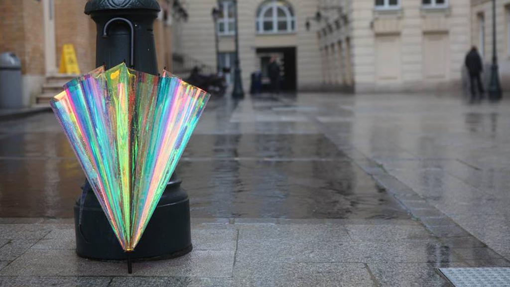 Le parapluie qui prévient des averses