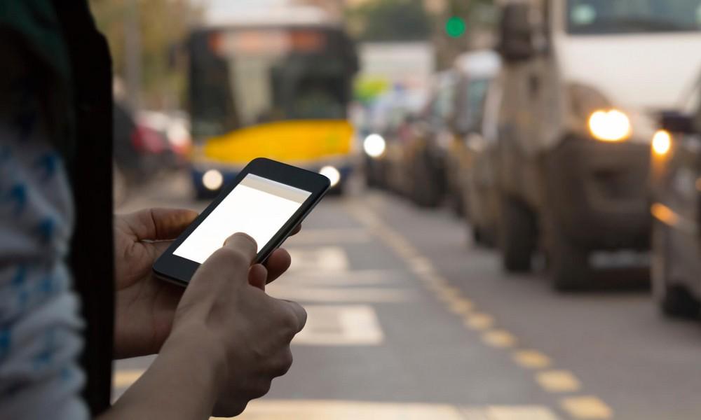 Piétons accros au smartphone