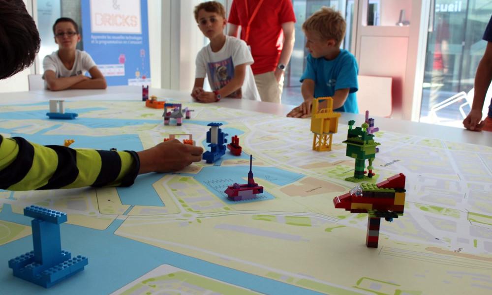 Les enfants peuvent tout apprendre, avec les bons LEGO