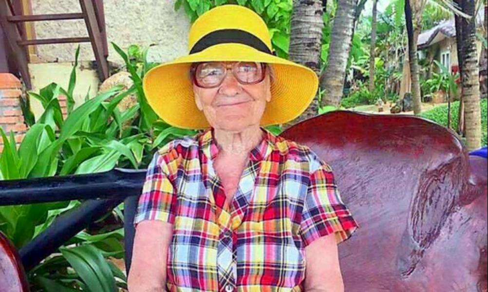À 89 ans, elle devient globe-trotteuse
