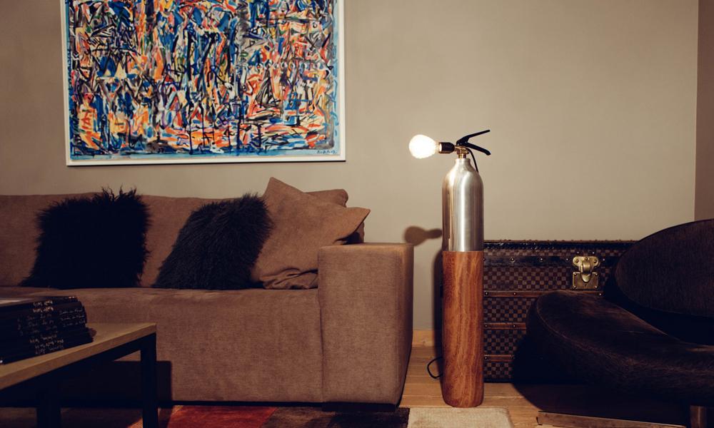 Recyclés, ces extincteurs deviennent des lampes vintage!