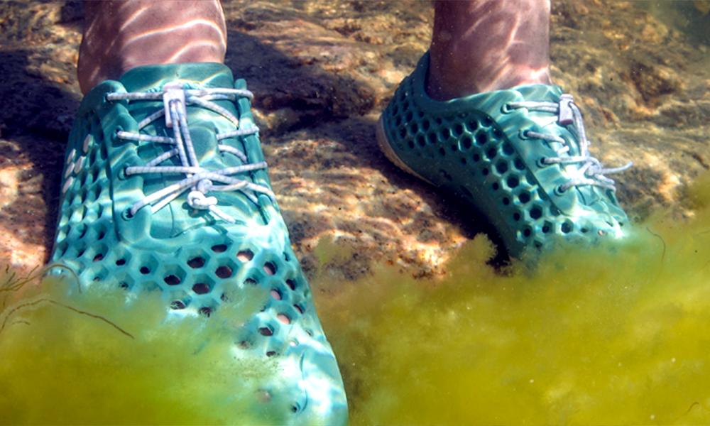 Ces baskets à base d'algues dépolluent les mers et… la Terre