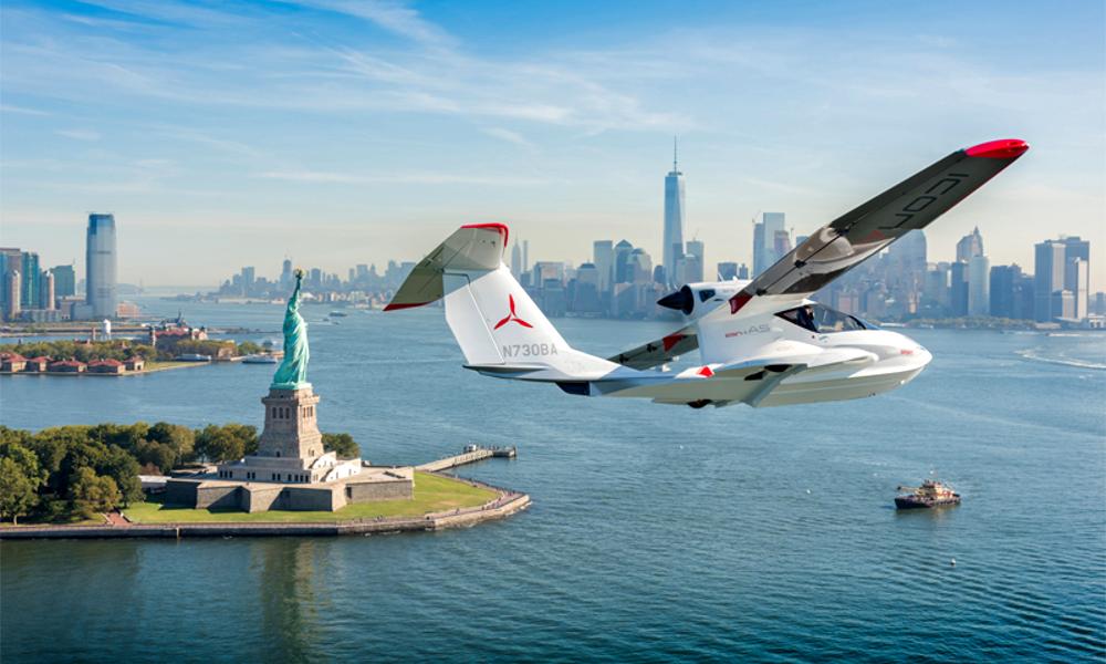 Cet avion peut replier ses ailes et se transformer en bateau