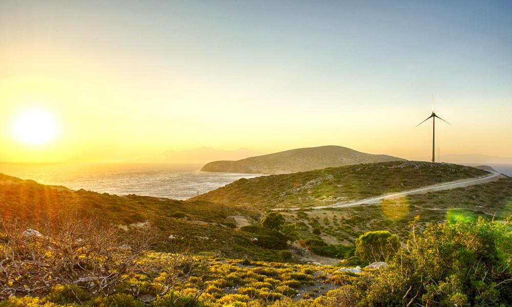 Pour lutter contre la crise, cette île grecque devient autonome en énergie