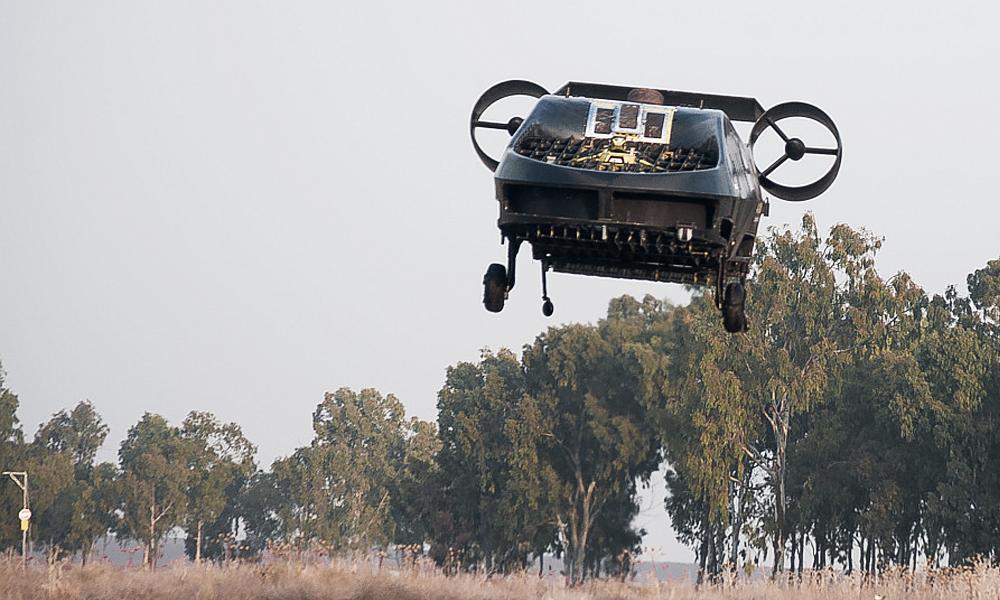 Une voiture volante pour rapatrier les soldats blessés