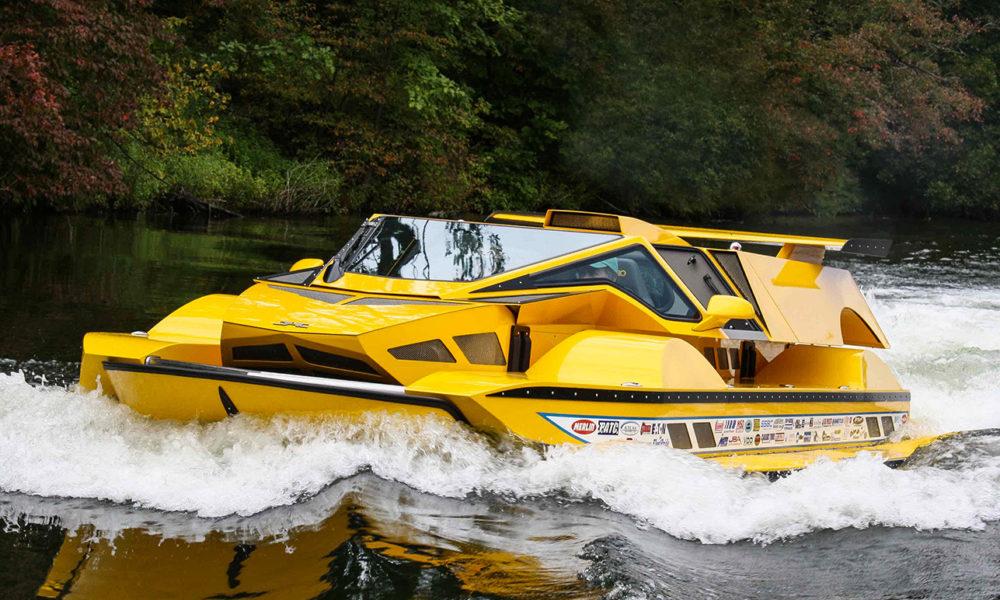 Mi-voiture, mi-hors-bord : l'HydroCar va faire des vagues