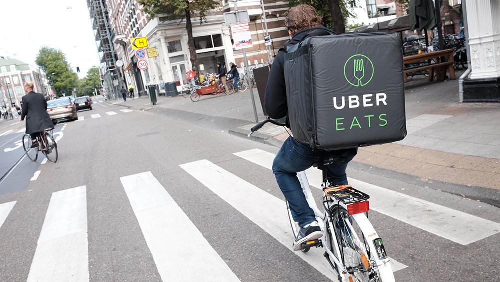 Uber Eats lancement les livraisons 24h/24 à Paris