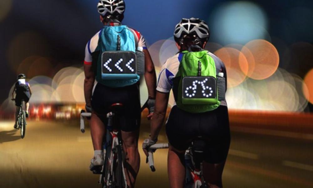 Bien vu : des sacs à dos à LED pour protéger les cyclistes