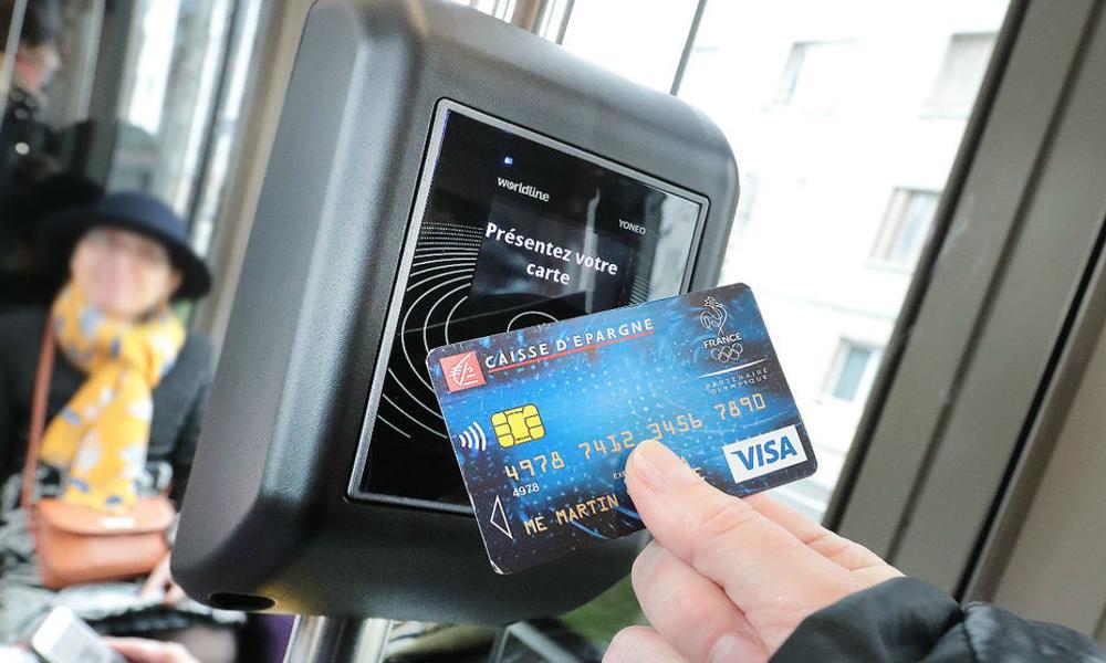 À Dijon, la carte bancaire remplace enfin le ticket de bus
