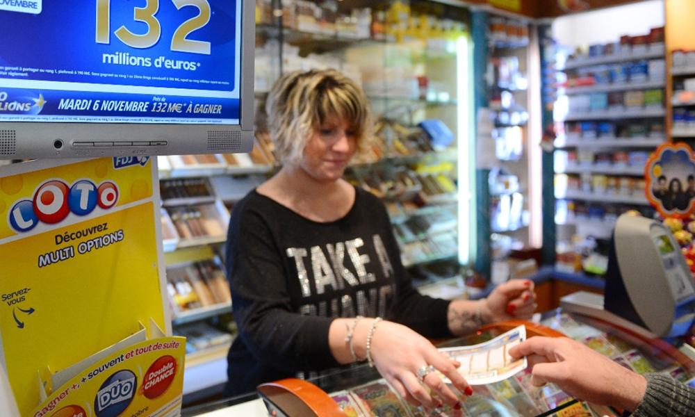 Oui, des bureaux de tabac vont vendre des billets de train