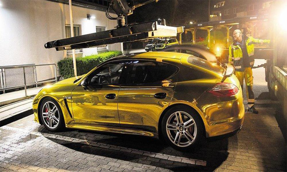 Tuning : il repeint sa voiture couleur or et… se la fait confisquer par la police