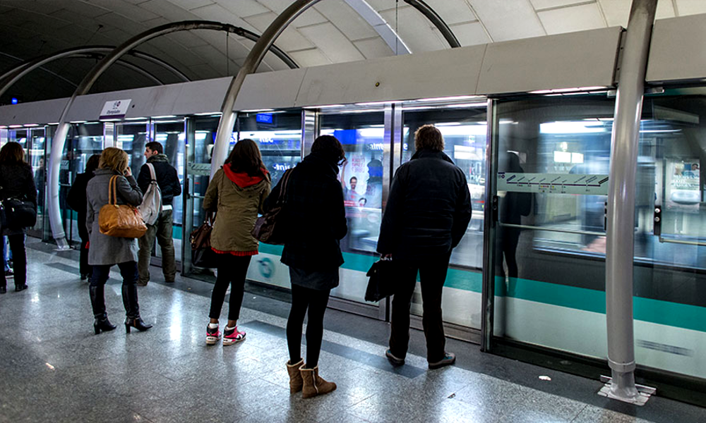 Faut-il automatiser toutes les lignes de métro pour éviter les grèves ?
