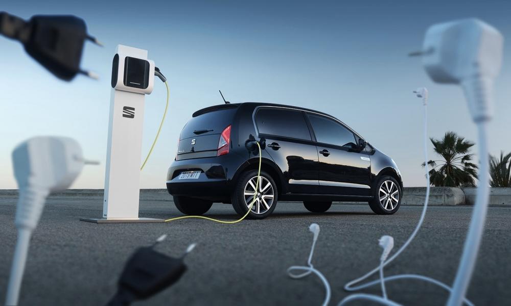 En Europe, 1 voiture neuve sur 3 est électrique ou hybride
