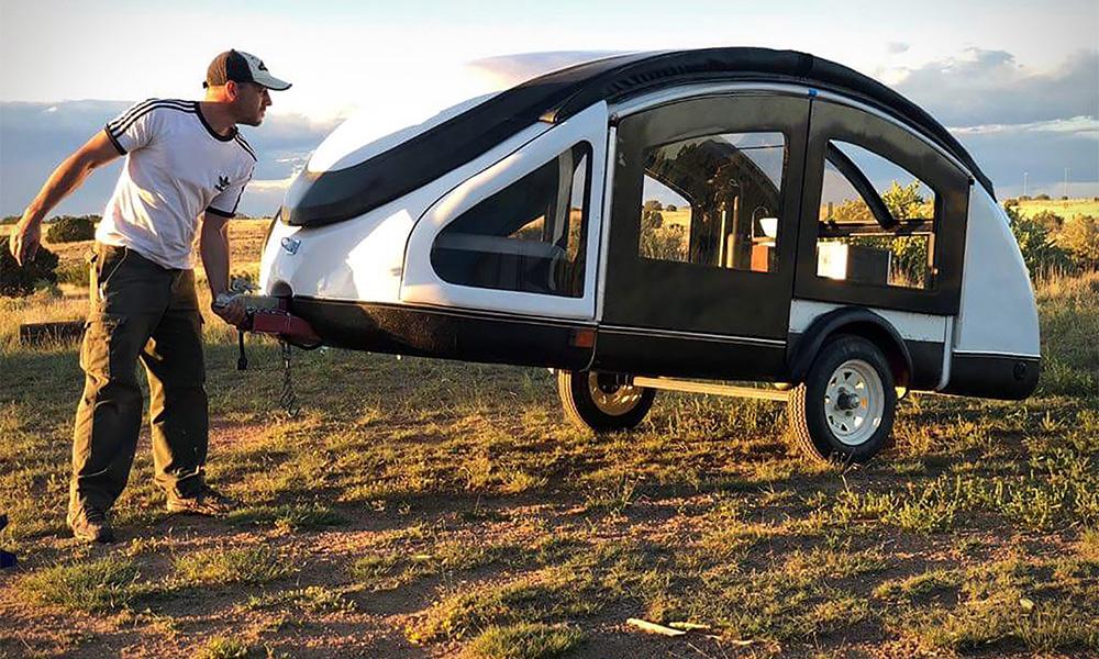 Légère comme l'air, voici la première caravane pour voiture électrique