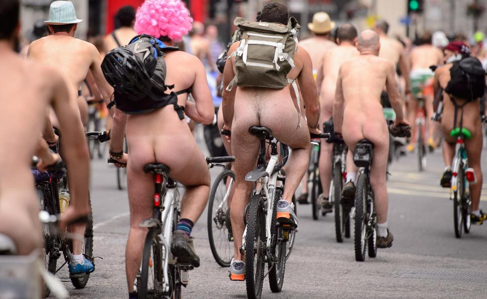 Partout sur la planète, des cyclistes se donnent rendez-vous pour rouler à poil