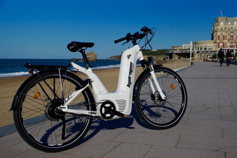 Les premiers vélos à hydrogène en libre-service sont français (et ça cartonne)