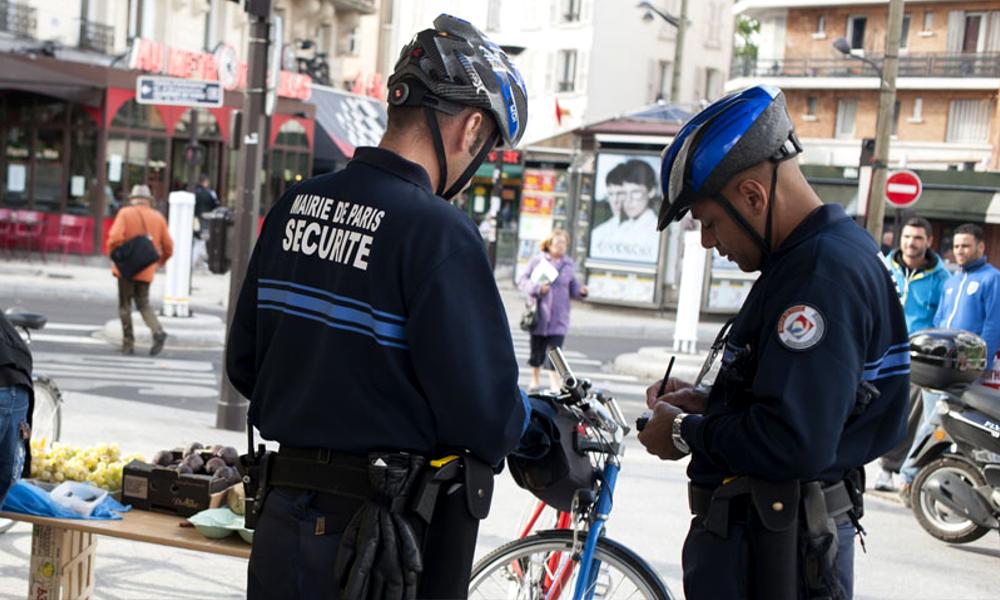 """""""Anne Hidalgo is watching you"""" : à Paris, 2000 PV par semaine pour protéger les cyclistes"""