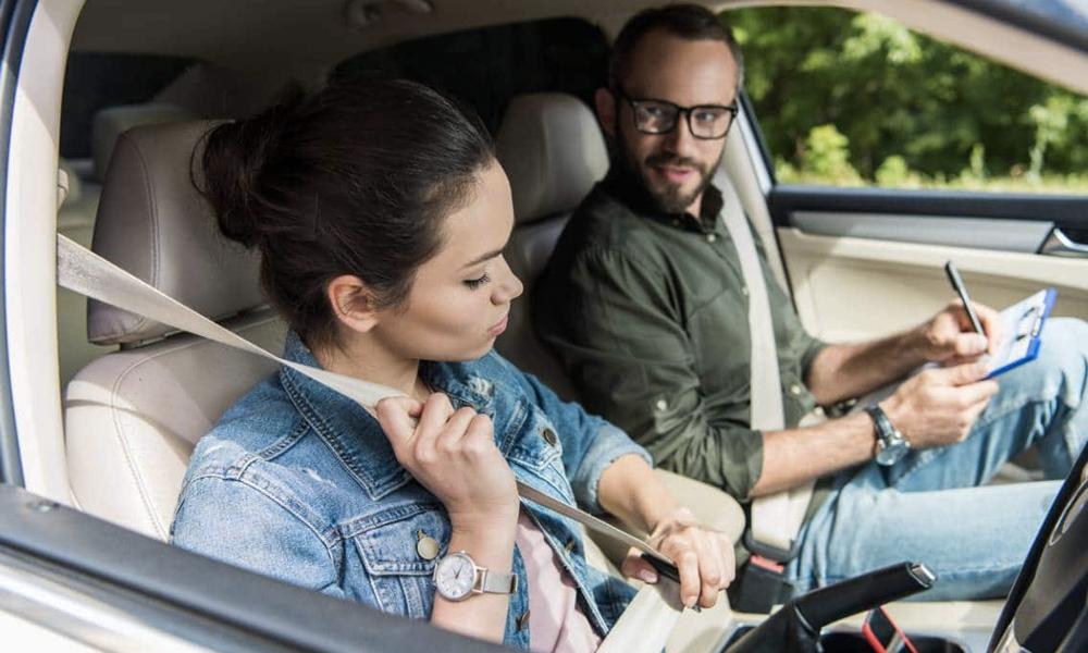 Poste à pourvoir: devenez inspecteur du permis de conduire pour 1500 € par mois