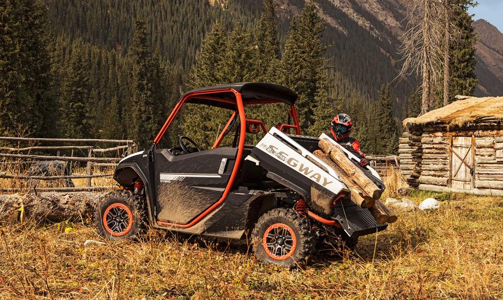 Un buggy tout-terrain pour aller couper du bois, voilà de quoi vous avez besoin