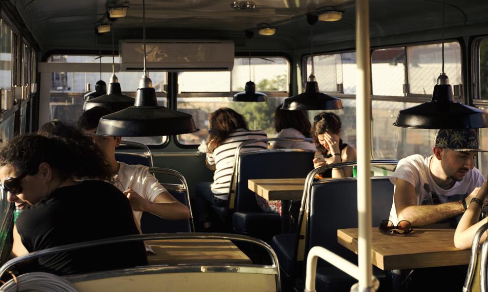 Bloqué par les grèves ? Une compagnie française vous propose de bosser dans ses bus