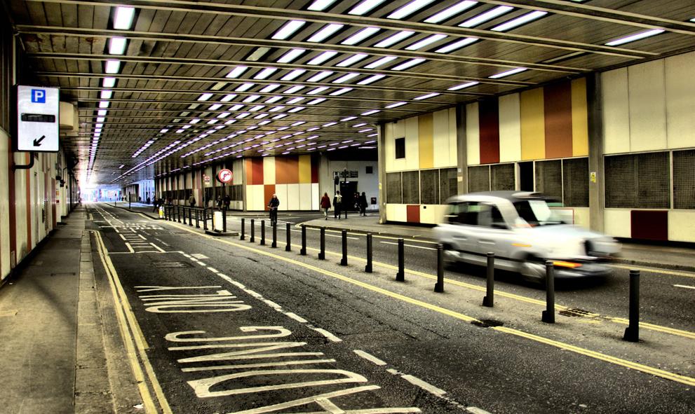 Londres inaugure la première rue anglaise interdite aux voitures à essence