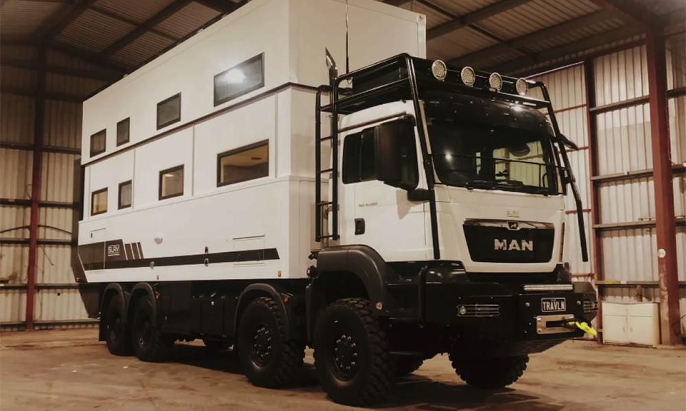 Le Commander 8×8 : enfin un camping-car taillé pour l'Apocalypse