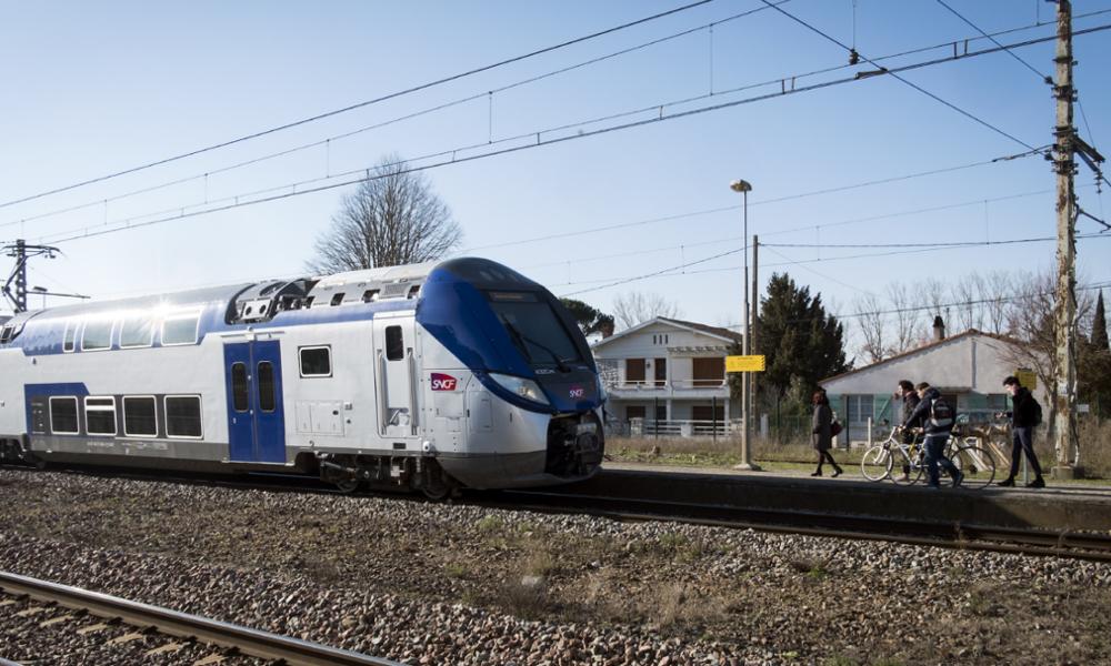 """Bonne nouvelle : l'État et la SNCF veulent rouvrir 9000 km de """"petites lignes"""""""