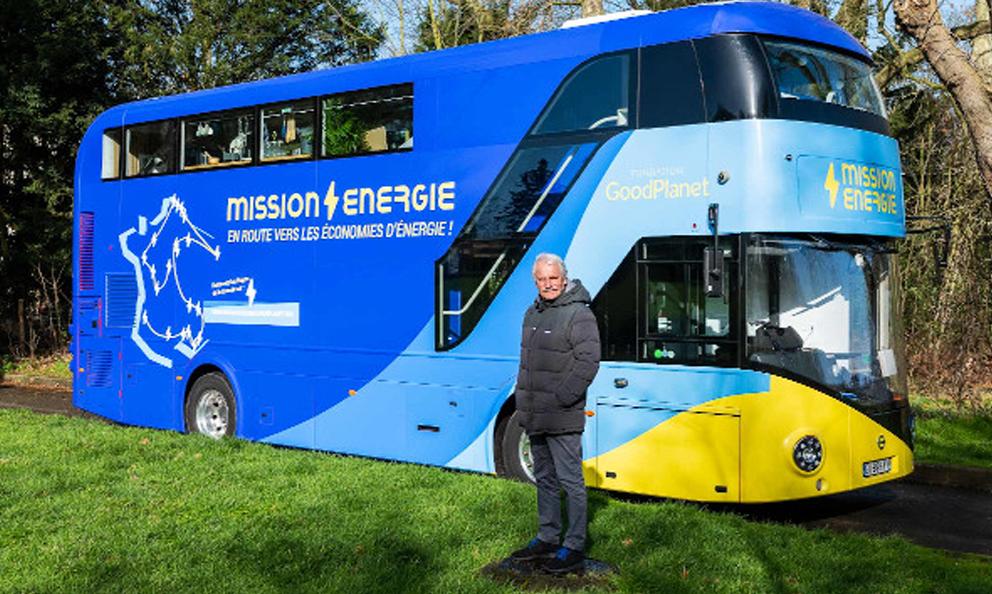 Yann Arthus-Bertrand va sillonner la France en bus pour lutter contre le gaspillage