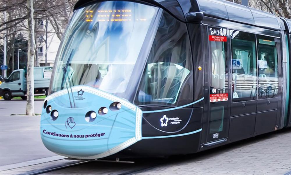 À Montpellier, le tram porte aussi un masque pour sensibiliser les voyageurs