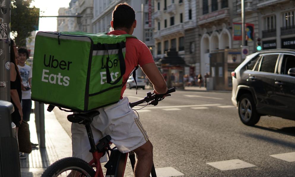 Chez Uber Eats, les livraisons sont désormais gratuites pour les restaurateurs noirs