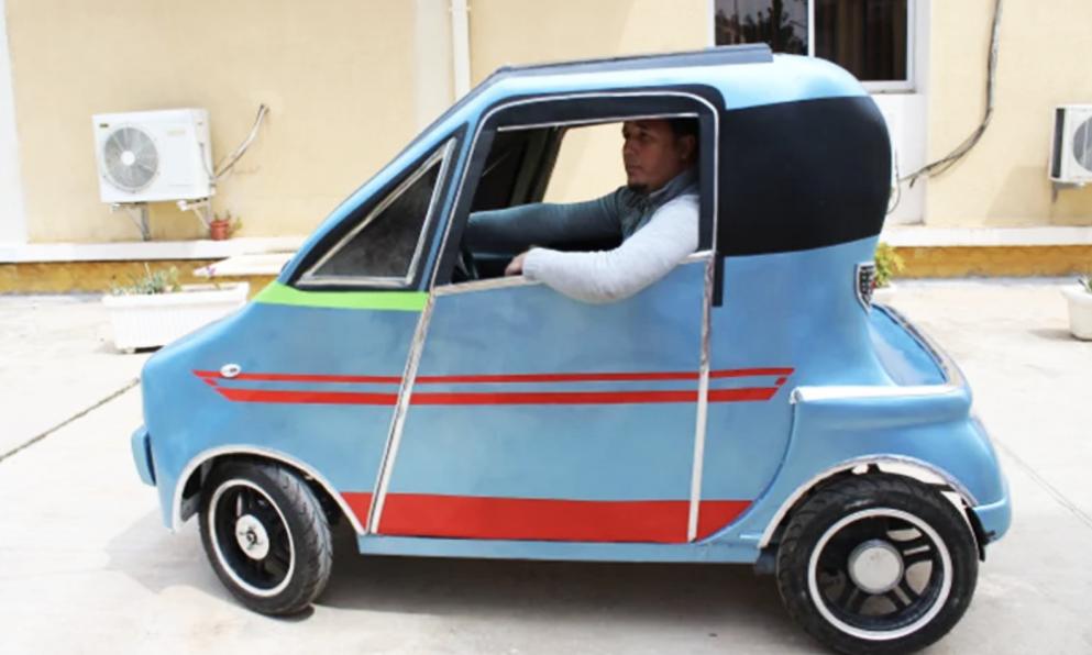Ce chercheur algérien crée une mini-voiture électrique taillée pour la ville