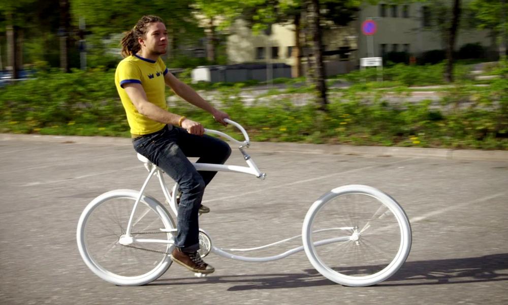 Malgré l'illusion d'optique, ce vélo roule mieux que bien