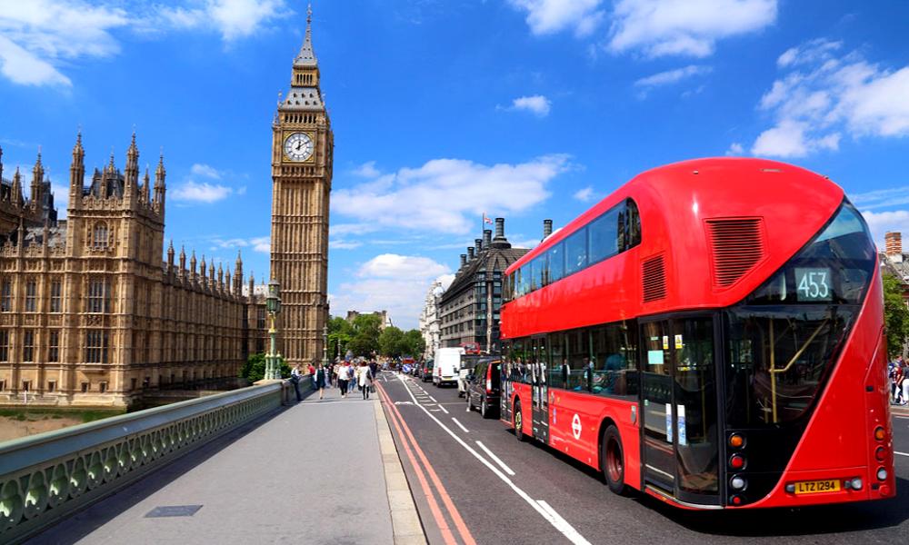 Qui veut payer 17 000 € pour le voyage en bus le plus long du monde ?