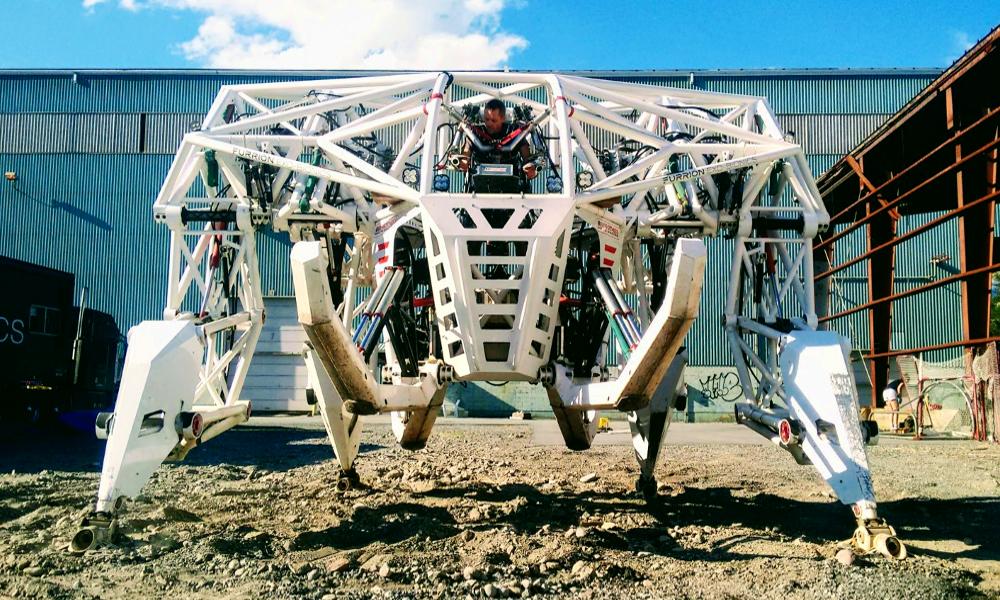 Pour 1600 €, partons en balade dans ce méga-robot sauce Transformer