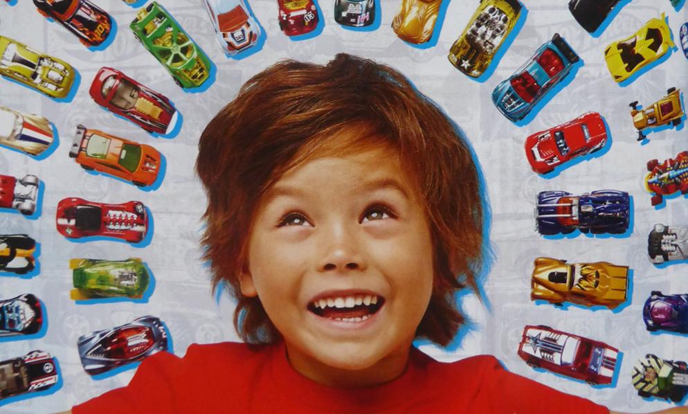 Ecologie : faut-il interdire aux enfants de jouer avec des petites voitures ?