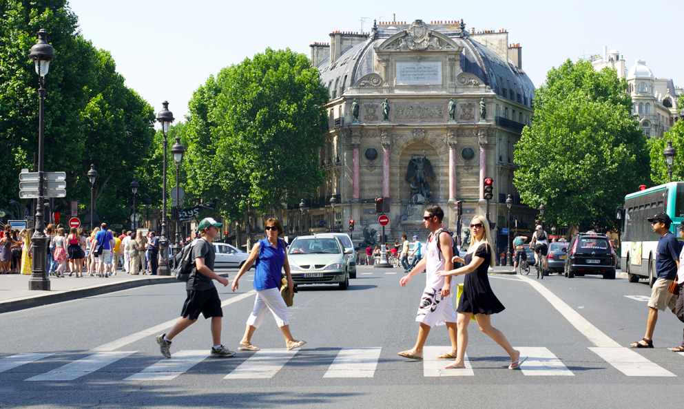 Paris classée parmi les meilleures villes piétonnes au monde