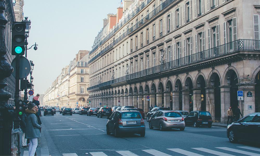 Selon un sondage, 8 Français sur 10 se rendent au travail en voiture