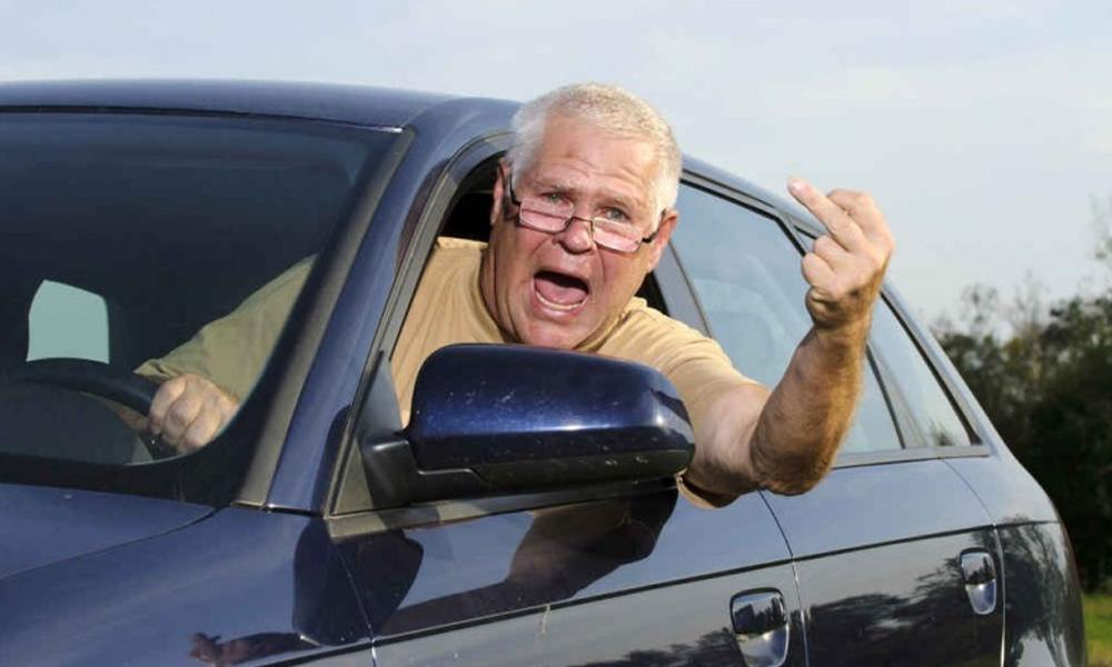 À 88 ans, il est flashé à 190 km/h et explique qu'il