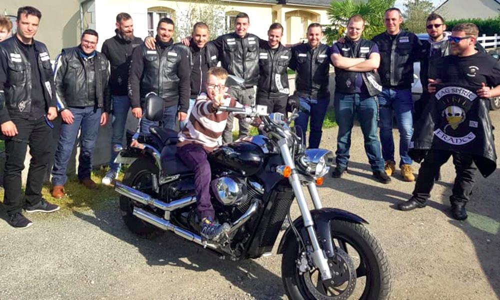 Depuis 3 ans, ce gang de bikers aide les enfants victimes de harcèlement scolaire