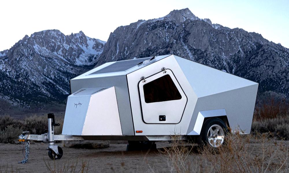 Cette caravane solaire recharge votre voiture électrique gratuitement