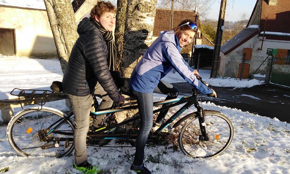 Ce cycliste non voyant va parcourir 1500 km en tandem