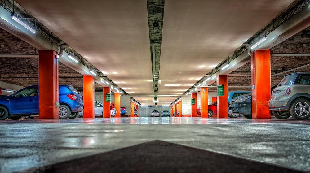 Où les places de parking sont-elles les plus chères en France ?